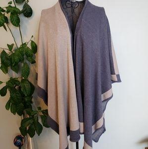 Long stretchy tan and blue shawl